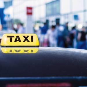 Pērkot čarteri, dāvanā - taksometra kupons